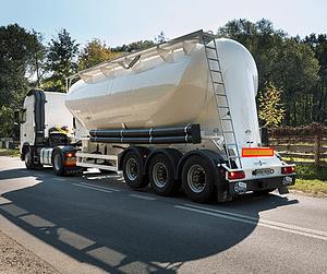 Перевезення насипні і наливні вантажі в цистернах